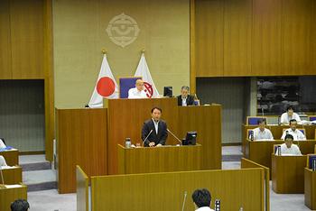 280829 議会開会.jpg