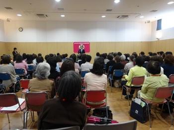 290424 母子保健推進員委嘱状交付式1.jpg